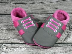 puschen_sneaker_grau_pink