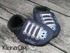 puschen_dunkelblau_sneaker_monster